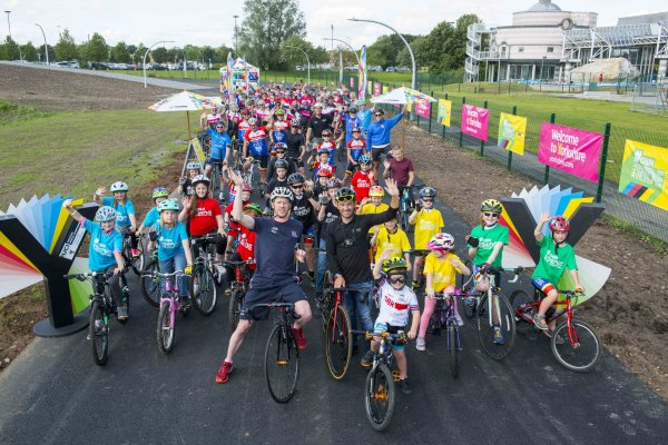 New Community Cycle Track showcased to celebrate 50 days to the UCI Road World Championships!